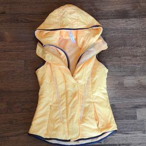 Lululemon Hooded Glacier Vest 4